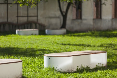 urban islands, UIS, seating object, design: Lucie Koldova, Dan Yeffet, Slovakia, Martin